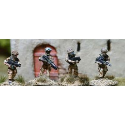 British Army Assault Vest Fireteam 1 (4 Figures)