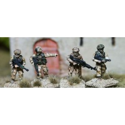 British Army Assault Vest Platoon HQ (4 Figures)