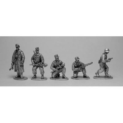 Hitler youth Volkssturm with BDM girl messenger (5 Figures)