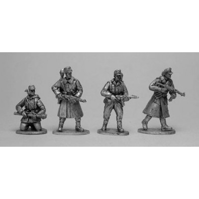 Volkssturm advancing (4 Figures)